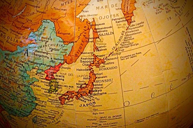 古い世界地図 数十年前と日本人と英語の関係は変わっていないように思える