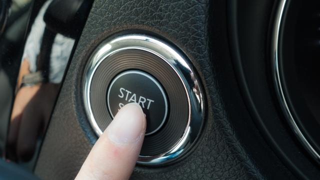 スタートボタン ボタンの発音はイギリス英語とアメリカ英語では違う