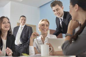 ミーティング風景 ビジネス英語はお堅い英語?