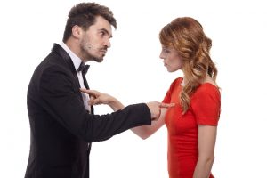 口論する男女 英語はなんでも思ったことをストレートに言えばいいというわけではない
