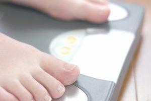 『体重を増やさないように』の英語表現は?