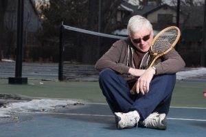 テニスに挫折 英語発音もテニスと同じで見よう見まねでは身につかない
